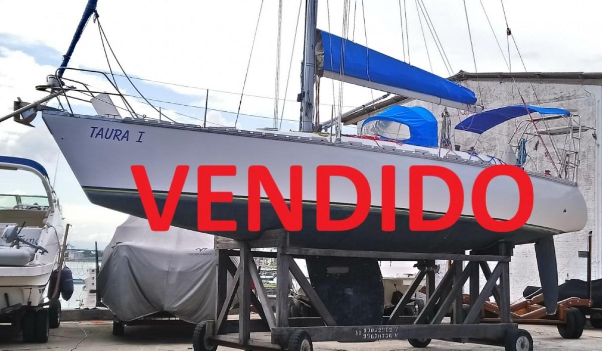 BAHAMAS 40  -  VENDIDO